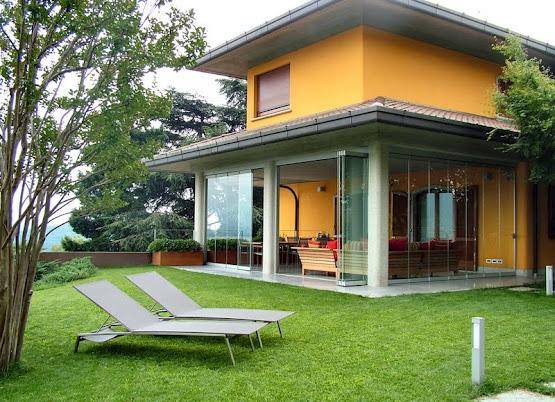 Casa immobiliare accessori verande in vetro for Case con vetrate