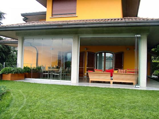 Verande in vetro gm system tecnoinfissi s r l for Foto di portici per case