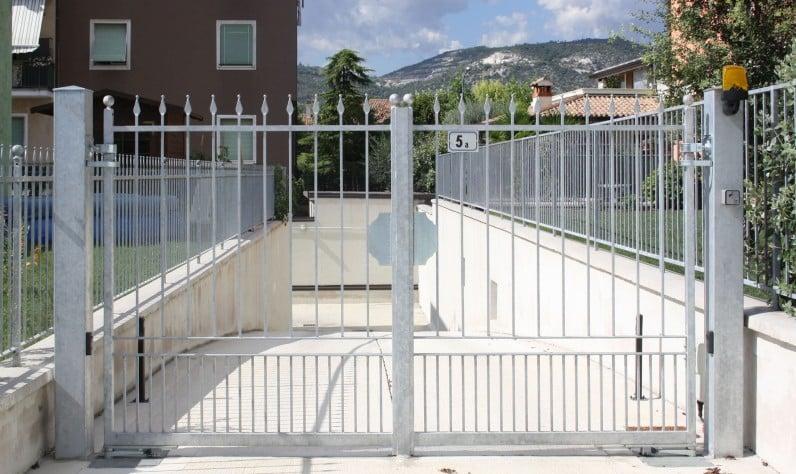 Cancelli e recinzioni serie futura tecnoinfissi srl for Serie futura cancelli