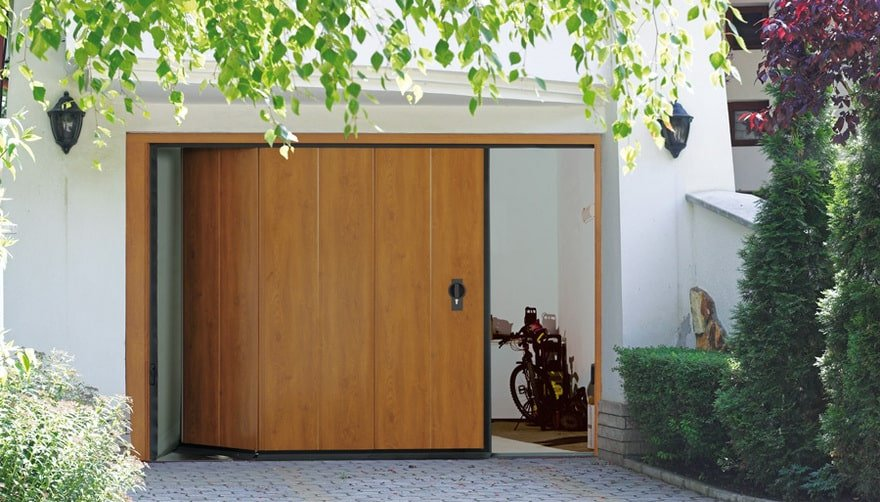 Portoni garage sezionali ballan ogni linea ampia possibilit di personalizzazione con finiture - Portoni garage con finestre ...