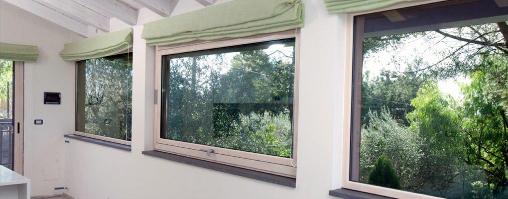 Vendita finestre infissi verande giardini di inverno for Finestre a taglio termico prezzi