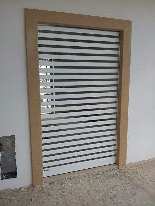 Grate avvolgibili antifurto classe 5 motorizzate forta - Serrande elettriche per finestre ...