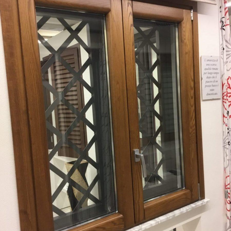 Finestra legno alluminio € 300