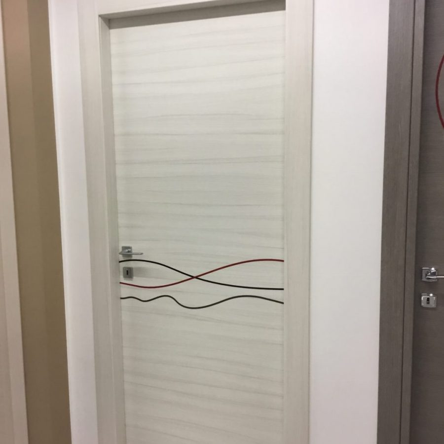 Porte in laminato di ottima qualità con disegni €200