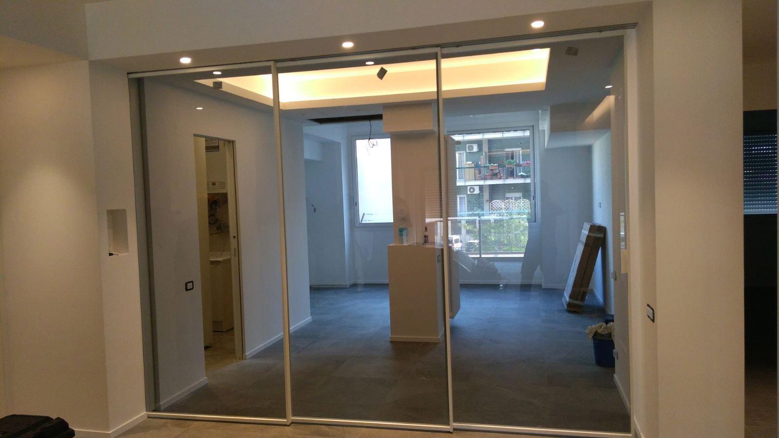 Porte vetro interni appartamento tecnoinfissi srl for Interni srl